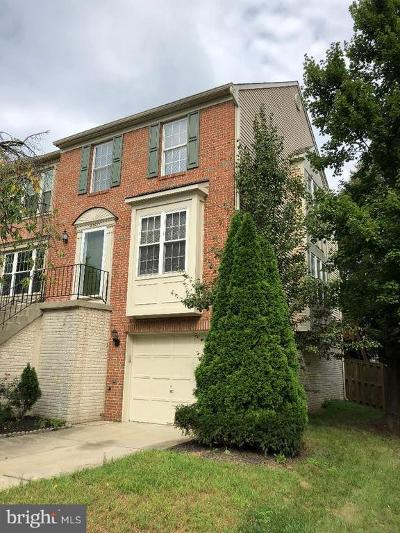 Sterling Townhouse For Sale: 45577 Hutchens Square