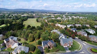 Haymarket Single Family Home For Sale: 15108 Golf View Drive