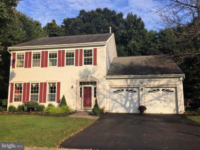 East Windsor Single Family Home For Sale: 24 Oakmont Terrace