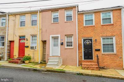 Baltimore Townhouse For Sale: 237 S Chapel Street