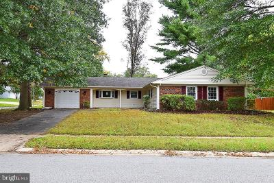 Bowie Single Family Home For Sale: 12716 Holiday Lane