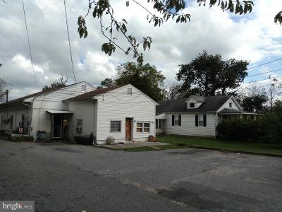 Berlin Multi Family Home For Sale: 504 New Freedom Road