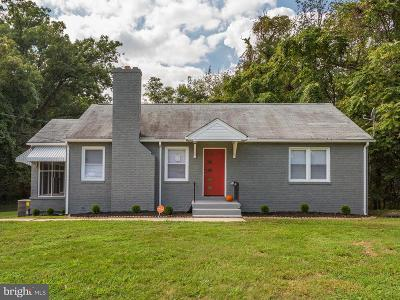 Temple Hills Single Family Home For Sale: 4917 Temple Hill Road