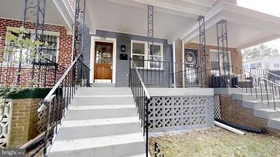Washington Townhouse For Sale: 734 Hamilton Street NW