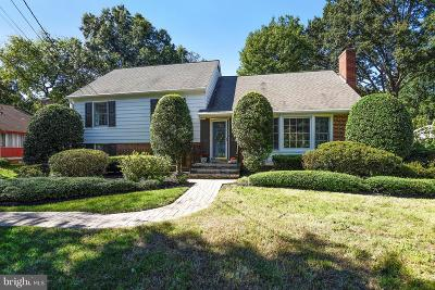 Alexandria Single Family Home For Sale: 8610 Cushman Place