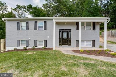 Single Family Home For Sale: 11 Moorepark Court