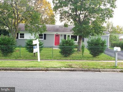 Springfield Single Family Home For Sale: 6613 Buckskin Street