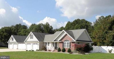 Laurel Single Family Home For Sale: 32090 Dogwood Lane