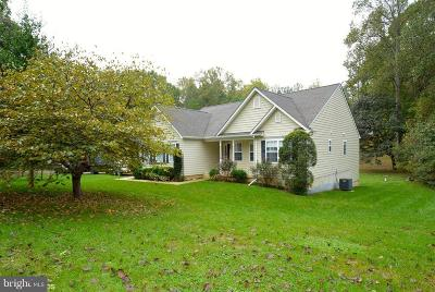 Stafford Single Family Home For Sale: 48 Walker Way