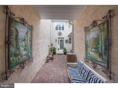 West Chester Townhouse For Sale: 83 Old Barn Drive