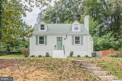 Falls Church Single Family Home For Sale: 2938 Woodlawn Avenue