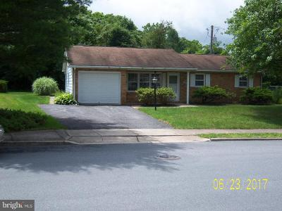 Chambersburg PA Rental For Rent: $1,100