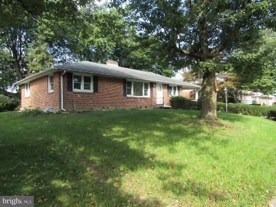 York PA Single Family Home For Sale: $164,500