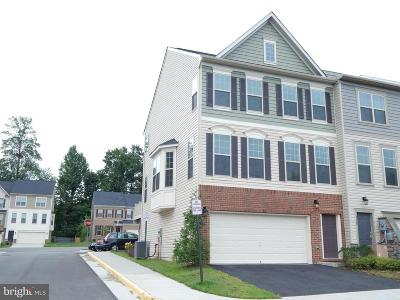 Lorton Townhouse For Sale: 7130 Sotheby Way