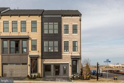 Brambleton Townhouse For Sale: 1 Impervious Terrace