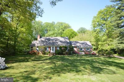 Falls Church Single Family Home For Sale: 3243 Valley Lane