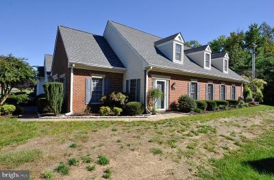 Fredericksburg Townhouse For Sale: 9406 Glascow Drive
