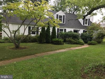 Rosedale, Towson Single Family Home For Sale: 901 Beaverbank Circle