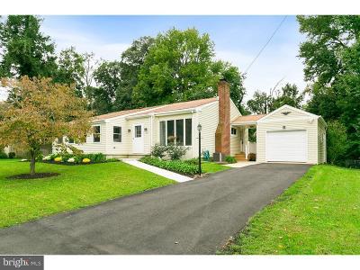 Moorestown Single Family Home For Sale: 633 Devon Avenue