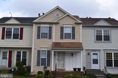 Centreville Townhouse For Sale: 14730 Basingstoke Loop