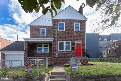 Washington Single Family Home For Sale: 1524 19th Street SE