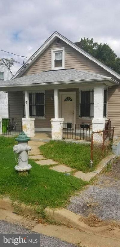 Capitol Heights Single Family Home For Sale: 9 Tunic Avenue
