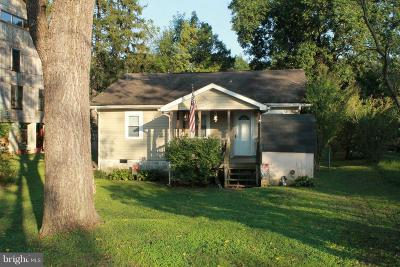 New Oxford Single Family Home For Sale: 1080 N Browns Dam Drive