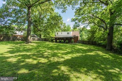 Fairfax VA Single Family Home For Sale: $625,000