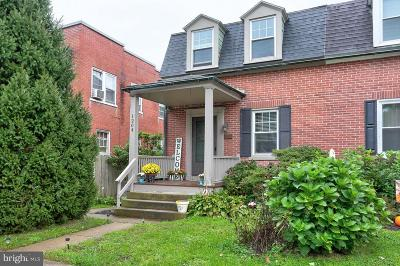Lancaster PA Single Family Home For Sale: $139,900