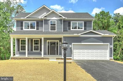 Spring Grove Single Family Home For Sale: Lynwood Drive