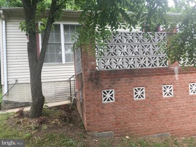 Capitol Heights Single Family Home For Sale: 5755 Southern Avenue