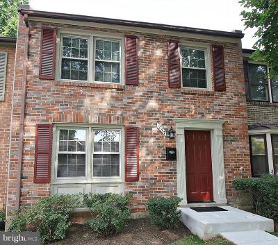 Falls Church Townhouse For Sale: 277 Gundry Drive