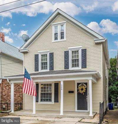 Frederick County Single Family Home For Sale: 526 Brunswick Street