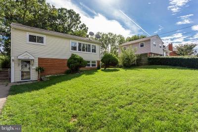 Woodbridge VA Single Family Home For Sale: $264,900