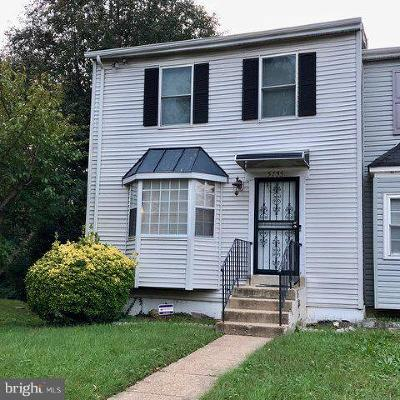 Suitland Townhouse For Sale: 5755 Suitland Road