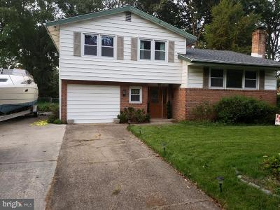Cherry Hill Single Family Home For Sale: 812 Kingston Drive