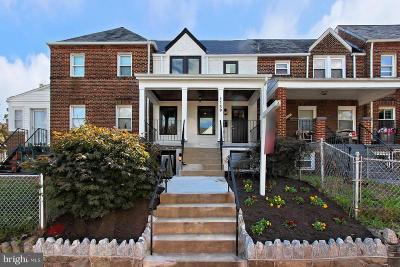 Washington Townhouse For Sale: 1739 D Street NE