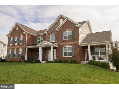 Middletown Single Family Home For Sale: 25 Berton Court