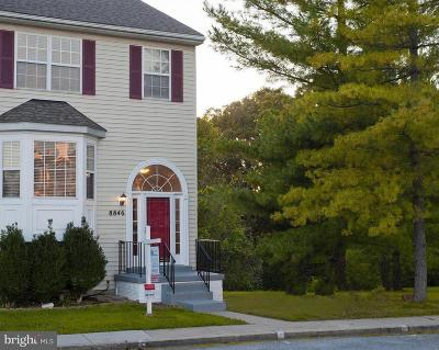 Frederick Townhouse For Sale: 8846 Briarcliff Lane