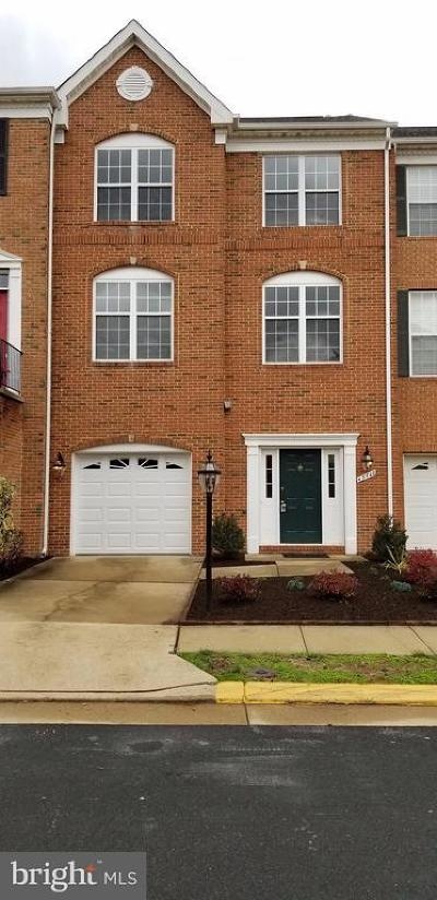 Ashburn Townhouse For Sale: 43748 Clemens Terrace