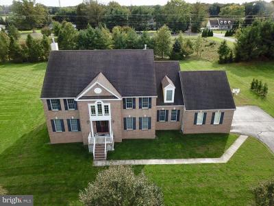 Plainsboro Single Family Home Under Contract: 52 Woodland Drive