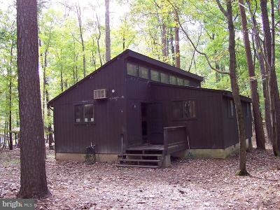 Hedgesville Single Family Home For Sale: 360 Ruffed Grouse Lane