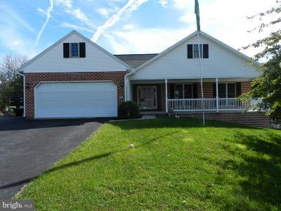 Dillsburg Single Family Home For Sale: 516 Ridgeview Drive