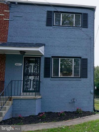 Temple Hills Single Family Home For Sale: 4107 24th Place
