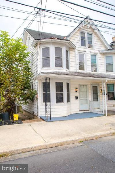 Enola Single Family Home For Sale: 1436 3rd Street