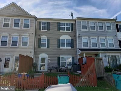 Frederick MD Townhouse For Sale: $200,000