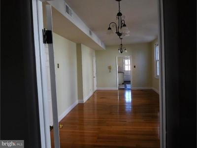 Philadelphia Single Family Home For Sale: 934 E Moyamensing Avenue