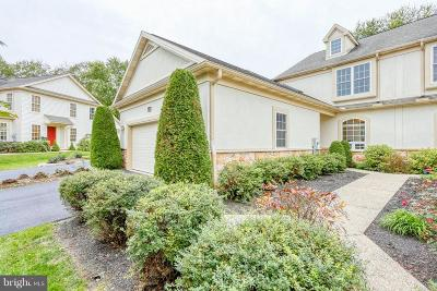 Millersville Townhouse For Sale: 113 Creekgate Court