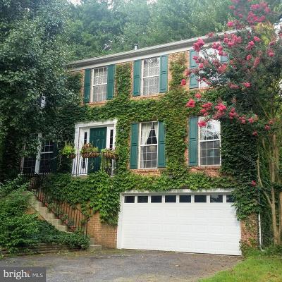 Riverdale Single Family Home For Sale: 6012 Crest Park Drive