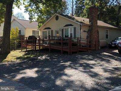 Calvert County Single Family Home For Sale: 538 Maple Way #539